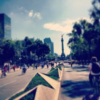Photo taken at Av. Paseo de la Reforma by Allan P. on 8/18/2013