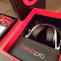 Photo taken at Beats By Dre Store by Witchaphun P. on 7/26/2014