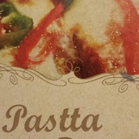 Foto tirada no(a) Pasta D'oro Pizzeria por Fábio C. B. em 12/7/2013