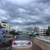 Photo taken at สะพานข้ามคลองบางเขน by Rathapol S. on 6/2/2017