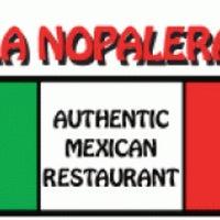 รูปภาพถ่ายที่ La Nopalera Mexican Restaurant โดย Michael M. เมื่อ 3/19/2013
