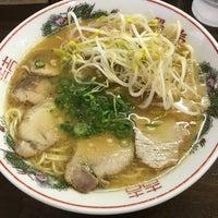 Photo taken at 中華そば 陽気 大手町店 by らいすけ on 8/5/2017