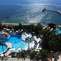 Foto scattata a Fantasia Hotel De Luxe da Gülşen Ş. il 9/27/2013