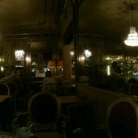 Photo taken at Le Courtois by Peter J B. on 11/15/2016