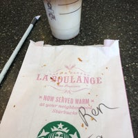 Photo taken at Starbucks by Ren D. on 9/22/2013