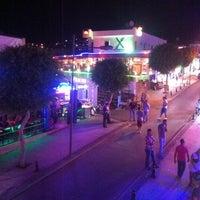 8/4/2013 tarihinde Je J.ziyaretçi tarafından Gümbet Barlar Sokağı'de çekilen fotoğraf