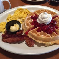 Photo taken at Perkins Restaurant & Bakery by 🍀Kelli M. on 12/21/2014