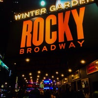 Foto tirada no(a) Winter Garden Theatre por Norman E. em 2/21/2014