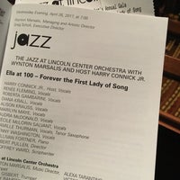 Photo prise au Jazz at Lincoln Center par Norman E. le4/26/2017