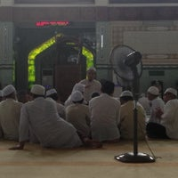 Photo taken at Masjid Baru Kg Sg Merab Luar by Ritz R. on 8/3/2013