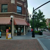 Photo taken at Downtown Oak Park by Maribel S. on 6/13/2016
