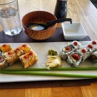 Photo taken at Hot Woks Cool Sushi by Maribel S. on 11/17/2016