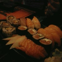 Photo taken at Real Sushi by Ebinha B. on 11/24/2013