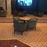 Photo taken at Mersin Hilton Lobby Lounge by Mehmet T. on 8/3/2013