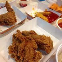 Photo taken at KFC by Zav Cgo ®™ . on 8/14/2013