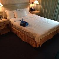 Photo taken at DeLeeton Hotel by Zav Cgo ®™ . on 11/20/2013