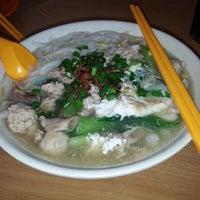 Photo taken at Restoran Lot Ten (樂天美食中心) by Kane C. on 5/11/2014