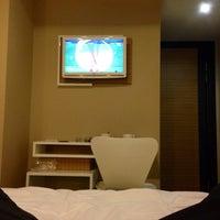 Photo taken at Yenibosna Hotel by Ali Uğur H. on 12/12/2013