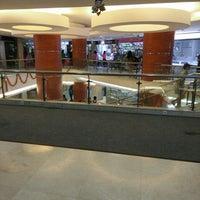 Foto diambil di Metro Pasar Baru oleh Lia n. pada 2/20/2016