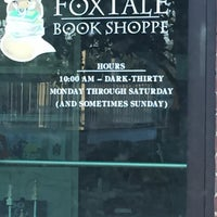 Photo taken at Foxtale Book Shoppe by Anne A. on 4/10/2016