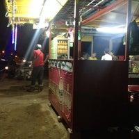Photo taken at Burger Thoyyib by San N. on 8/15/2013