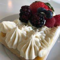 Photo taken at Elizabethan Desserts by Austin B. on 10/6/2017