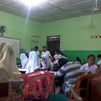 Photo taken at SMA Negeri 4 Medan by Wesly E. on 2/26/2014