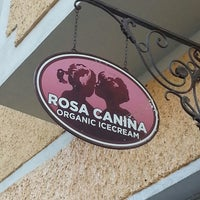Photo taken at Rosa Canina by Mathias D. on 3/30/2014
