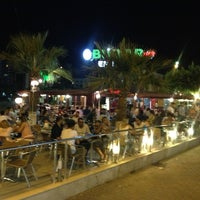 8/8/2013 tarihinde veysi k.ziyaretçi tarafından Bulvar Emirgan Cafe'de çekilen fotoğraf