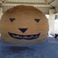 Photo taken at World's Largest Ball Of Twine   (made by a community) by Robby S. on 10/6/2013
