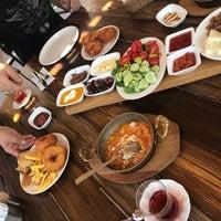 9/1/2018 tarihinde Fulya D.ziyaretçi tarafından Kasaba Köfte Izgara'de çekilen fotoğraf