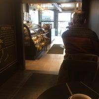 Photo taken at Starbucks by Isabel P. on 1/15/2017