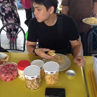 Photo taken at mummy's kitchen, student mall by Anuar™ on 8/14/2014