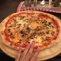 Photo taken at Pizzeria Galera by TomasitoCZ on 5/14/2017