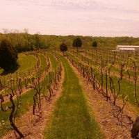 Photo taken at Vinoklet Winery & Vineyard by Rory P. on 5/4/2013