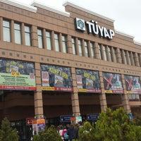11/2/2013 tarihinde Şeymaziyaretçi tarafından Tüyap Fuar ve Kongre Merkezi'de çekilen fotoğraf