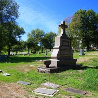 Photo taken at Forest Hill & Calvary Cemetery by burialplanning.com on 8/15/2013