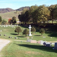Photo taken at Temple Hill Memorial Park by burialplanning.com on 10/2/2013