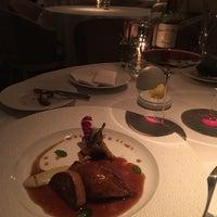 Photo taken at Restaurant Gordon Ramsay by المهره الصعبه ماهي لأي خيال on 1/5/2017