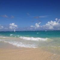 Photo taken at Riu Palace's Beach by Khavita on 11/19/2012