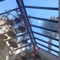 Foto tirada no(a) Palm House por Christy M. em 9/28/2014