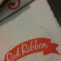 Photo taken at Red Ribbon by Reyan P. on 10/12/2014