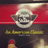Photo taken at Steak 'n Shake by mikey y. on 7/3/2013