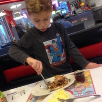 Photo taken at Steak 'n Shake by Chuck G. on 11/1/2013