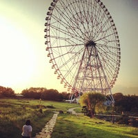 Photo taken at Diamond and Flower Ferris Wheel by ロンゴロンゴ on 8/27/2013