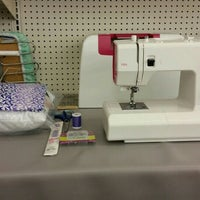 Photo taken at Jo-Ann Fabric and Craft by Desiree E. on 5/4/2016