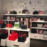 Photo taken at kate spade new york outlet by Elizabeth F. on 11/10/2016