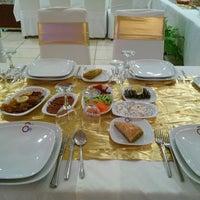 Photo taken at Sivas Ticaret Ve Sanayi Odası Restaurant by Samet Y. on 5/6/2014
