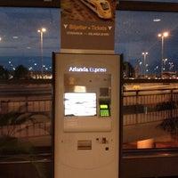 Photo taken at Arlanda Express (Arlanda S) by Waranya on 6/23/2013