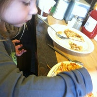 Photo taken at Waffle House by Gwynne M. on 1/5/2014